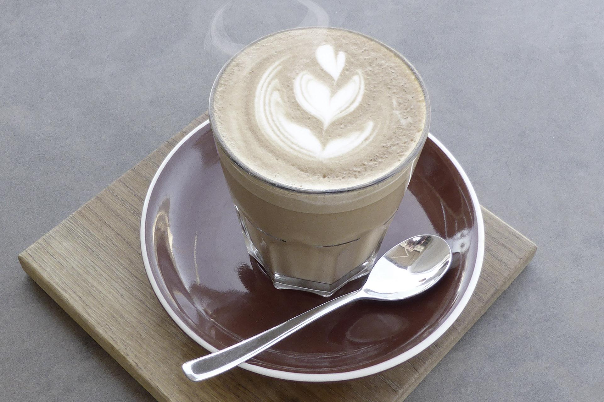 Kaffee Latte Bildbearbeitung unbearbeitet